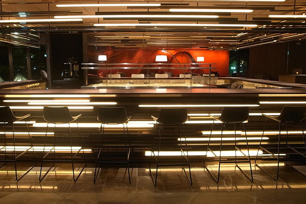 Store & restaurant design service by Daizu Inc.